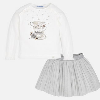 TEACUP TOP WITH SILVER METALLIC SPARKLE PLEATED SKIRT